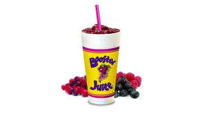 photo_boosterjuice_smoothiewithfruit1